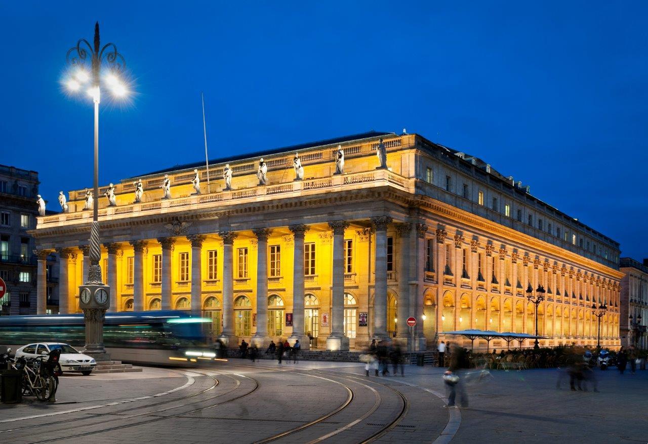 the prestigious grand théâtre bordeaux city tours