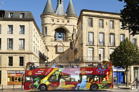 Visite en bus impérial panoramique Bordeaux Visiotour