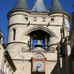 La grosse cloche appelé aussi la Porte Saint Eloi.