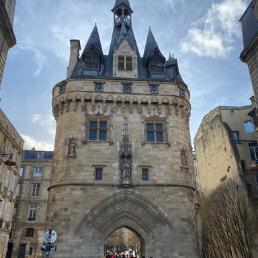 La Porte Cailhau côté Garonne